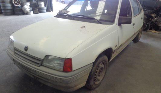 Opel Kadett Sedan 1989