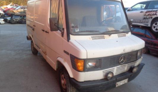 Mercedes 208D 2002