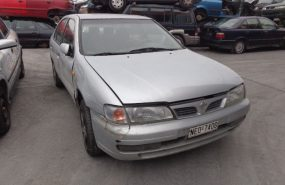 Nissan Almera 2000